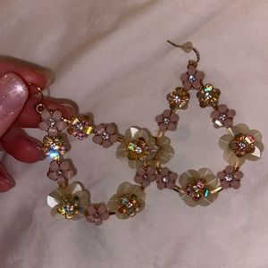 NWOT- Soft Pink Flower Earrings 🌸